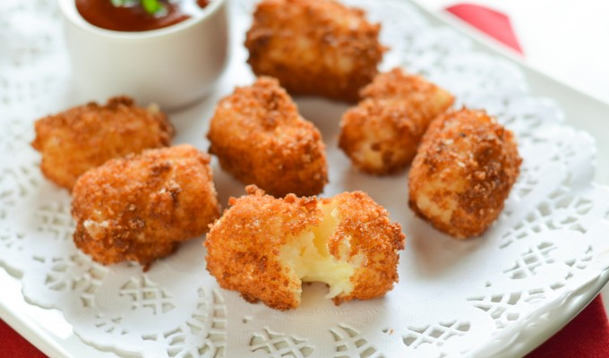 Crispy Mozzarella Bites