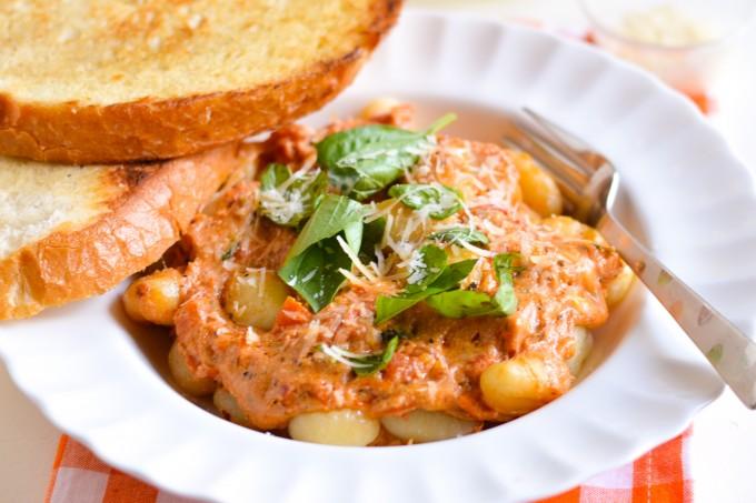 Cheesy Pomodoro Gnocchi